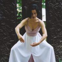 Projekt Schloss Ebenau / Galerie Walker: Solo-Choreographie und Tanz Ursula Schebrak-Carcich 2000